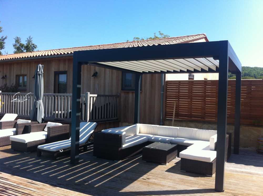 pergola bioclimatique sur genas meyzieu rhone 69 is re 38. Black Bedroom Furniture Sets. Home Design Ideas